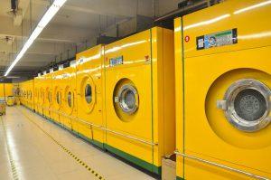 Od prania ręcznego po innowacyjne pralnie chemiczne.